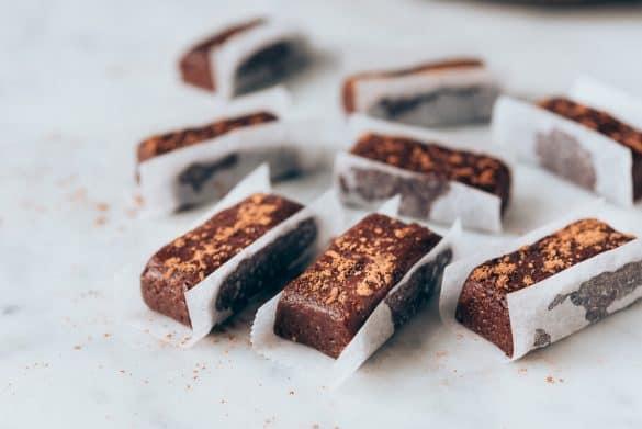 Bocaditos de cacao crudiveganos