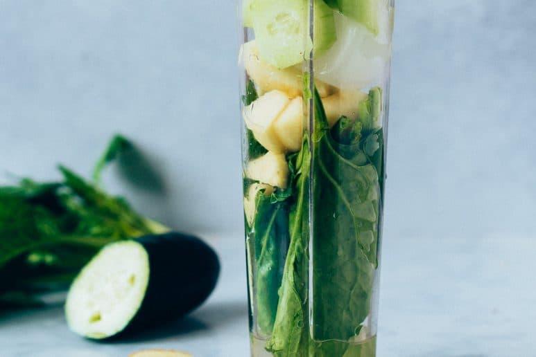 Batido verde de espinacas con manzana y pepino 3