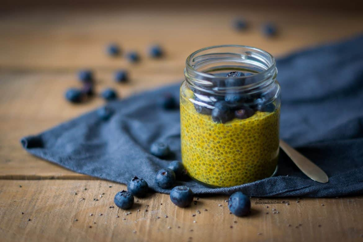 Golden chia pudding blog