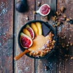 Smoothie bowl de caqui y canela 2