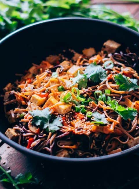Fideos al wok con verduras y tofu 2