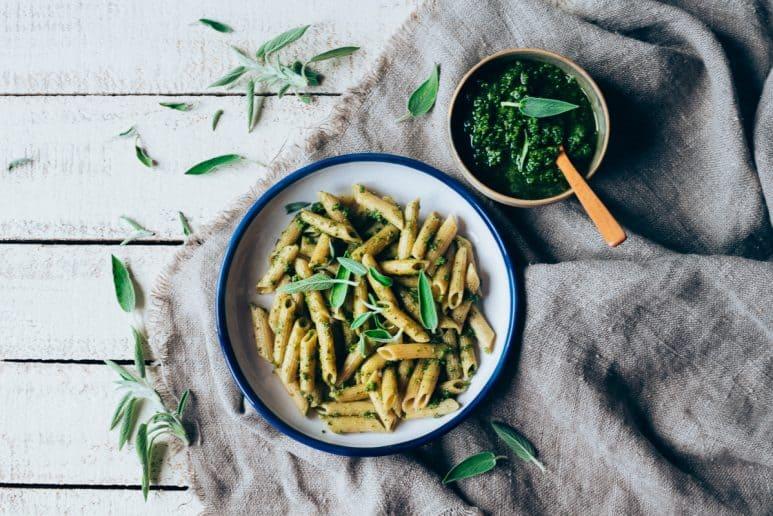 Pesto vegano con salvia 1