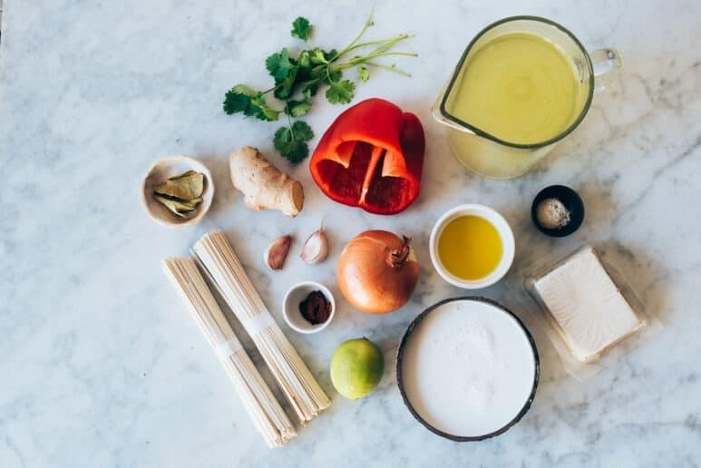 Ingredientes sopa thai de coco vegana