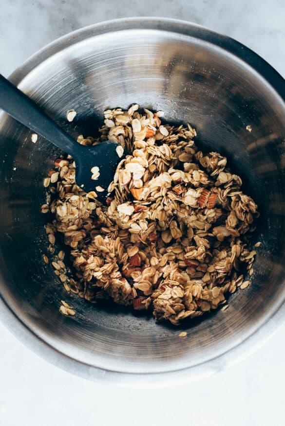 Ingredientes ya mezclados de la granola