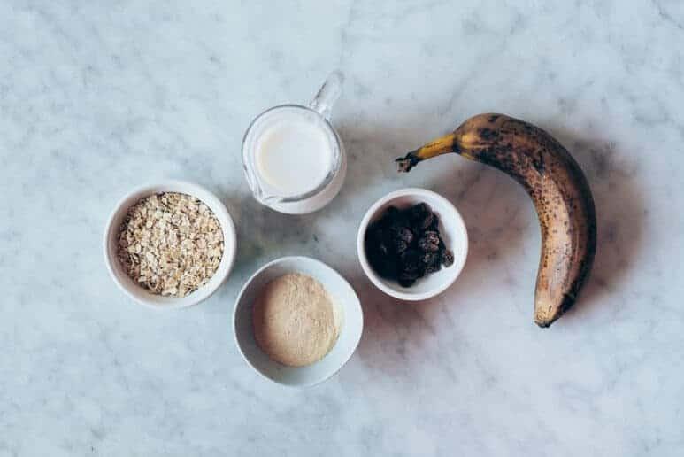 Ingredientes desayuno con avena